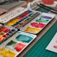 色がテーマのカラフル絵本特集